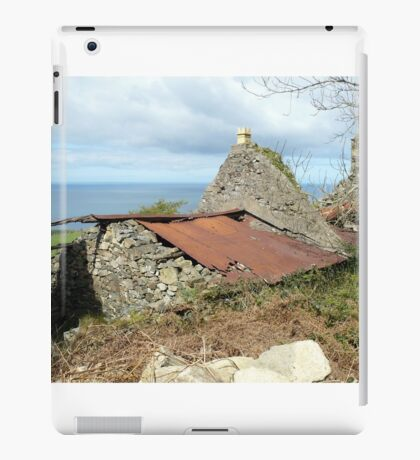 Tumbledown cottage with a sea view iPad Case/Skin