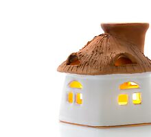 Aromatherapy candle holder by Tom Klausz