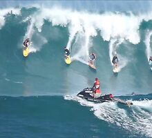 Crazy Day at Waimea Bay by kevin smith  skystudiohawaii