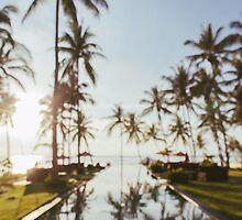 Oceanside Pool Defocused by visualspectrum