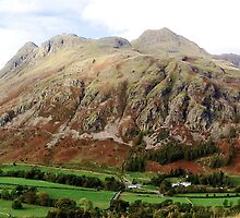 Langdale Pikes by GeorgeOne