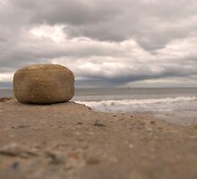 Rock at the coast by Samhi96
