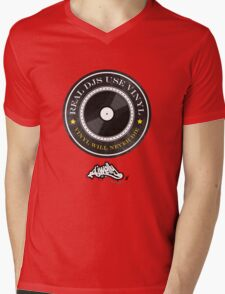 Real DJs Use Vinyl (+ DJ Welly Logo) Mens V-Neck T-Shirt