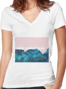 nuevo américa Women's Fitted V-Neck T-Shirt