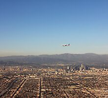 Flying Past Hollywood by KatyF
