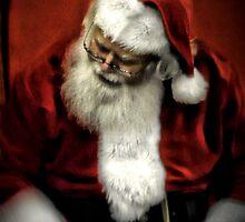 Santa  by Darren Quarin