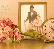Roses may fade, and time may past... by Qnita