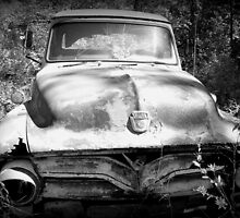 Old truck by Paulaweston