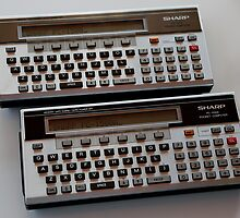 Sharp PC-1500 & 1500A pocket computers by Keith Midson