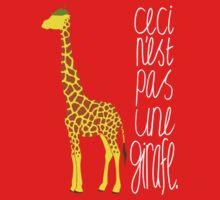 Art Giraffe- Ceci n'est pas une girafe Baby Tee