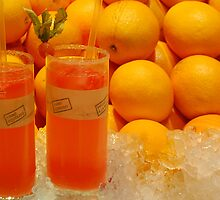 Fresh orange juice by Arie Koene