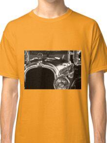 Elegant Lines Classic T-Shirt