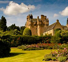 Crathes Castle by tmtht