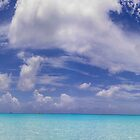 Little San Salvador Island (Half Moon Cay) by photomagma
