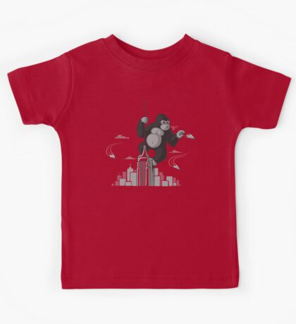 Playing with planes Kids Tee