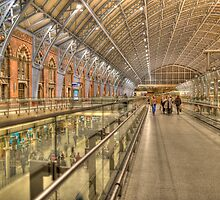 St Pancras railway station by Guy  Berresford
