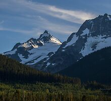 Go for the Summit - Mount Matier - British Columbia by Yannik Hay