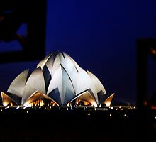 Lotus Temple - Bahai faith, New Delhi by kumarrishi