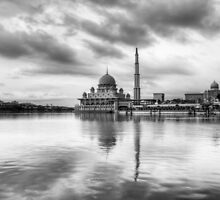 Putra Mosque - Black and white by Guy  Berresford