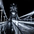 Tower Bridge Loned - Toned by Ian Hufton