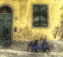 Blue Bike in Lucca by Jonathan Statham