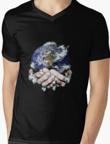 The World Freezing in my Hands Mens V-Neck T-Shirt