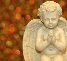 Praying decoration angel by Susanna Hietanen