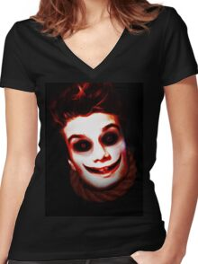 TheFoxFromHell Women's Fitted V-Neck T-Shirt