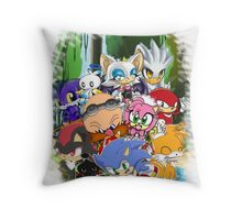 Sonic chibi Throw Pillow