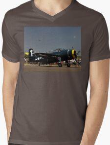 Avenger 441,Evans Head Airshow,Australia 2010 -  Mens V-Neck T-Shirt