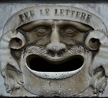 Mail slot in Lucca by donberry