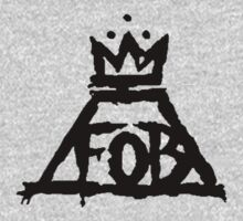 FOB Symbol Black by Laura Arteaga