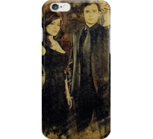 Clark and Lois (Tom Welling and Erica Durance) iPhone Case/Skin