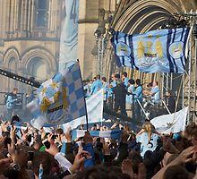 MCFC Parade Day by leedgreen