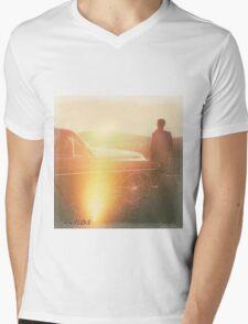 ANALOG001 Mens V-Neck T-Shirt