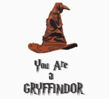 Sorting hat Gryffindor Harry Potter by VirtualMan