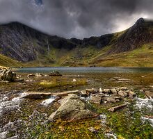 Cwm Idwal by Guy  Berresford