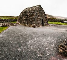 Gallarus Oratory by donberry