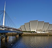 Glasgow Auditorium and Bell's Bridge by Escocia Fotographica