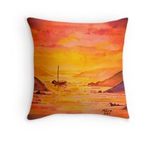 Study in yellows Throw Pillow