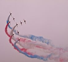 Red Arrows 1 by john southward