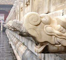 Dragon head's by kiddchino