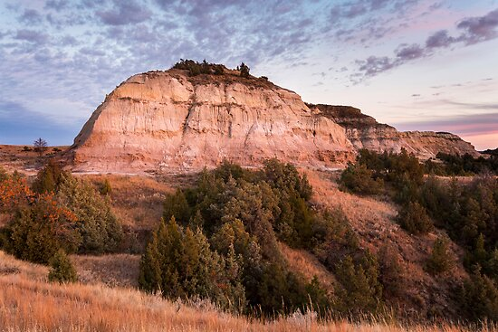 Badlands Hills in Theodore Roosevelt National Park by cavaroc