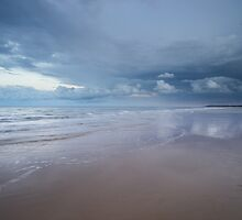 Gorleston Beach, Stormy Sky by jongibbs
