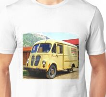 Old Yellow Vintage Delivery Van Unisex T-Shirt