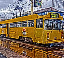 HEAVY HDR BLACKPOOL TRAM by gwr360