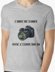 I shot my family with a Canon EOS 6D Mens V-Neck T-Shirt