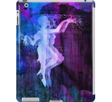 Alice DAncing Darkly 7 iPad Case/Skin