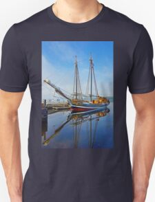 Tall Ship Larinda at Shelburne, Nova Scotia, Canada Unisex T-Shirt