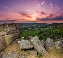 Setting Sun - Baslow Edge by Jon Bradbury
